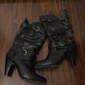 Nine West black leather heel boots size 7